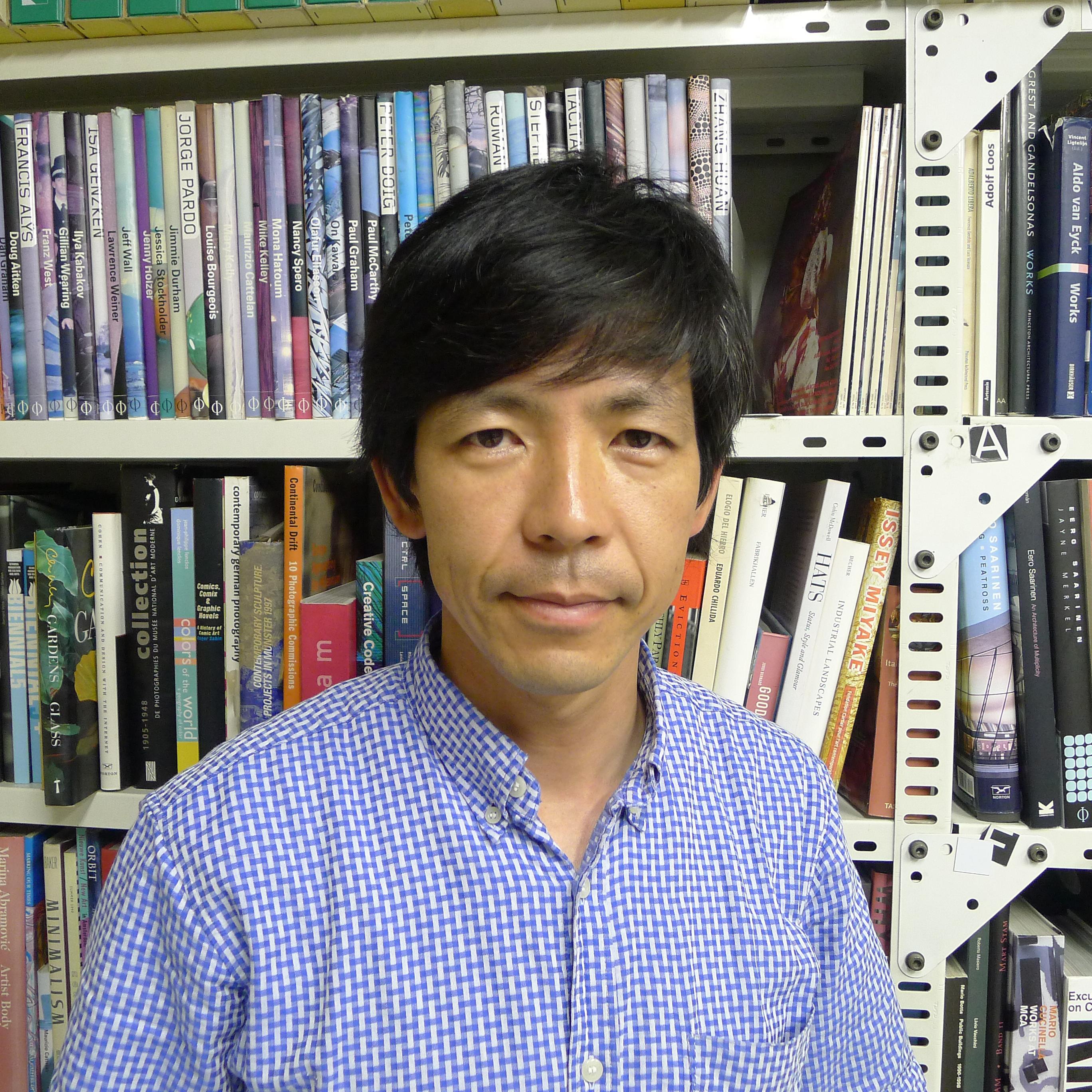 塚本由晴(建築家/アトリエ・ワン代表)